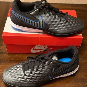 Men Nike Tiempo React Legend 8 Pro IC Indoor Shoes